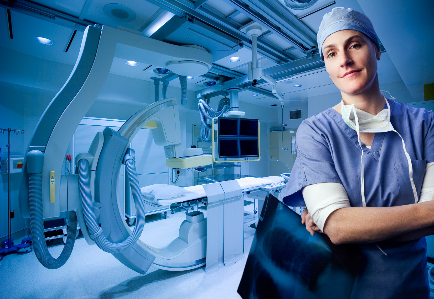 Radiologist portrait in an Interventional Radiology suite by healthcare photographer Robert Houser